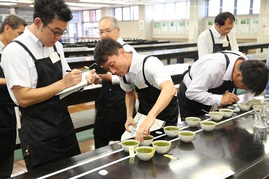 県茶品評会.JPG